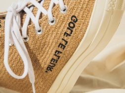 https_hypebeast.comimage201811tyler-the-creator-golf-le-fleur-burlap-converse-pack-on-foot-5